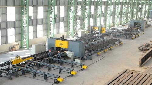 钢结构二次生产线500.jpg