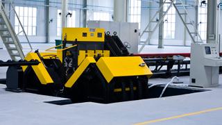 电力铁塔乐虎国际APP加工设备